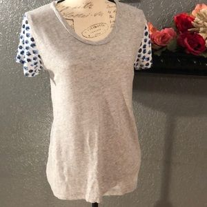 🌹J Crew Super Soft Gray Tee w/ Floral Sleeves Sm